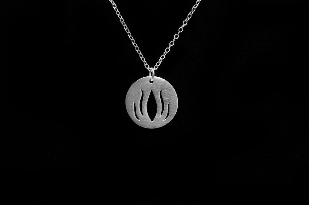 925 Sterling Silver Lotus Flower Silhouette Pendant Chain